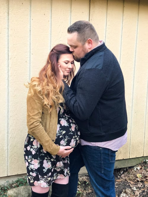 Boho maternity photo shoot | get the look | Thrifted & Taylor'd | www.thriftedandtaylord.com