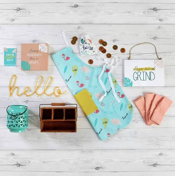 An overview of the items you will receive in your summer subscription box.