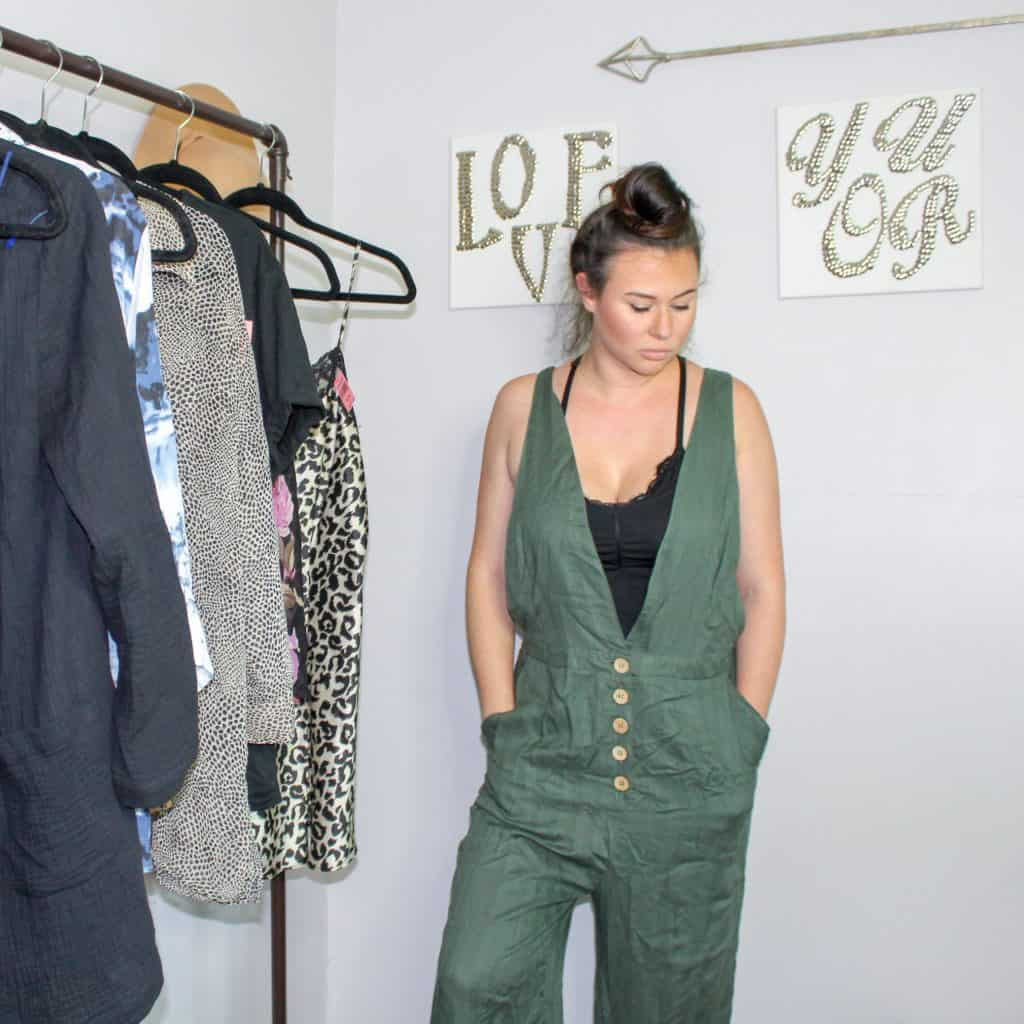 Fall Thrift Haul | These green button front overalls will be so cute paired with a thin sweater for fall.
