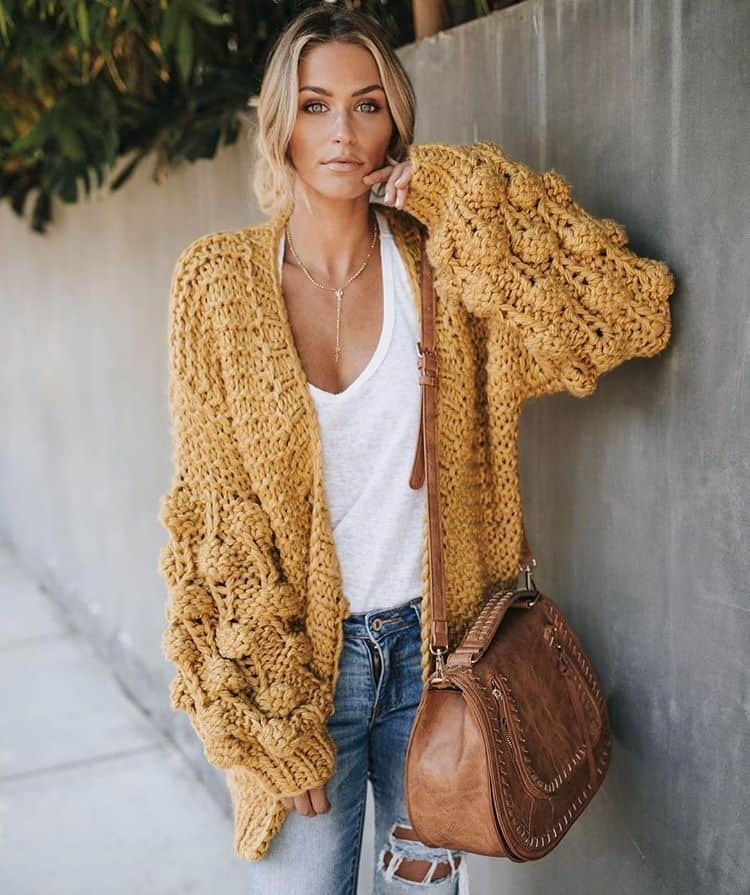 Layering is one of my favorite things to do. Especially during my winter to spring wardrobe transition. Its the perfect way to keep warm when it's cooler out and be able to shed a layer as it warms up. Check out 6 other super easy ways to make the switch!