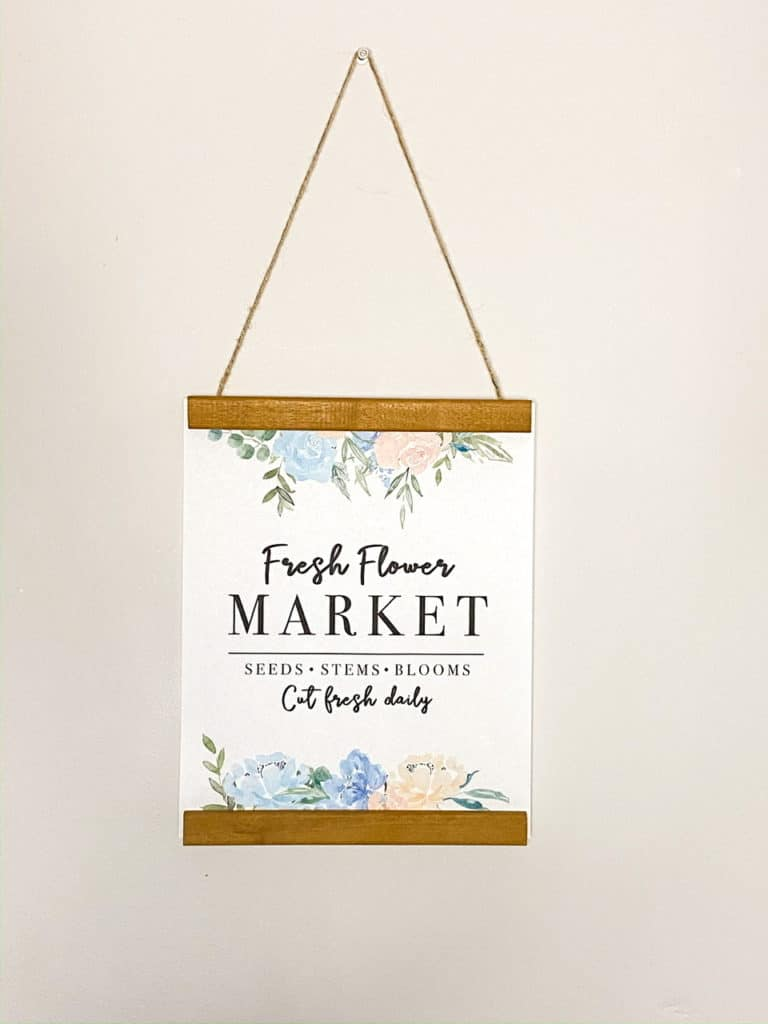 These spring thrift store DIY's are the perfect addition to my spring decor. Check out how easy they were to make plus download a free Flower Market printable you can use to make a sign like mine in under 5 minutes!