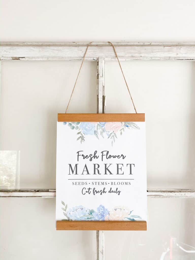 These spring thrift store DIY's are the perfect addition to my spring decor. Check out how easy they were to make plus download this free Flower Market printable you can use to make a sign like mine in under 5 minutes!